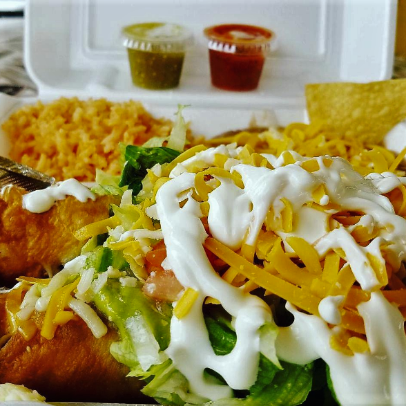 Give yourself a little #FridayFun, lunch or dinner at El Loco! Which will it be? #PetersElLoco #WestCovinaCA #WestCovina #WestCovinaEats #CAEats #CaliLife #California #CaliforniaFood #CaliFood #MexicanCuisine #Mexicano #MexicanFood #Foodie #Delicious #Eeeeats pic.twitter.com/yZ7e3PcgFX