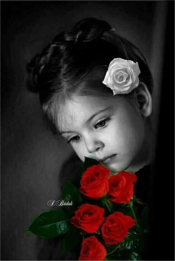 A #picture  paints so many #beautiful words ... misha pic.twitter.com/9obHVGQBCP