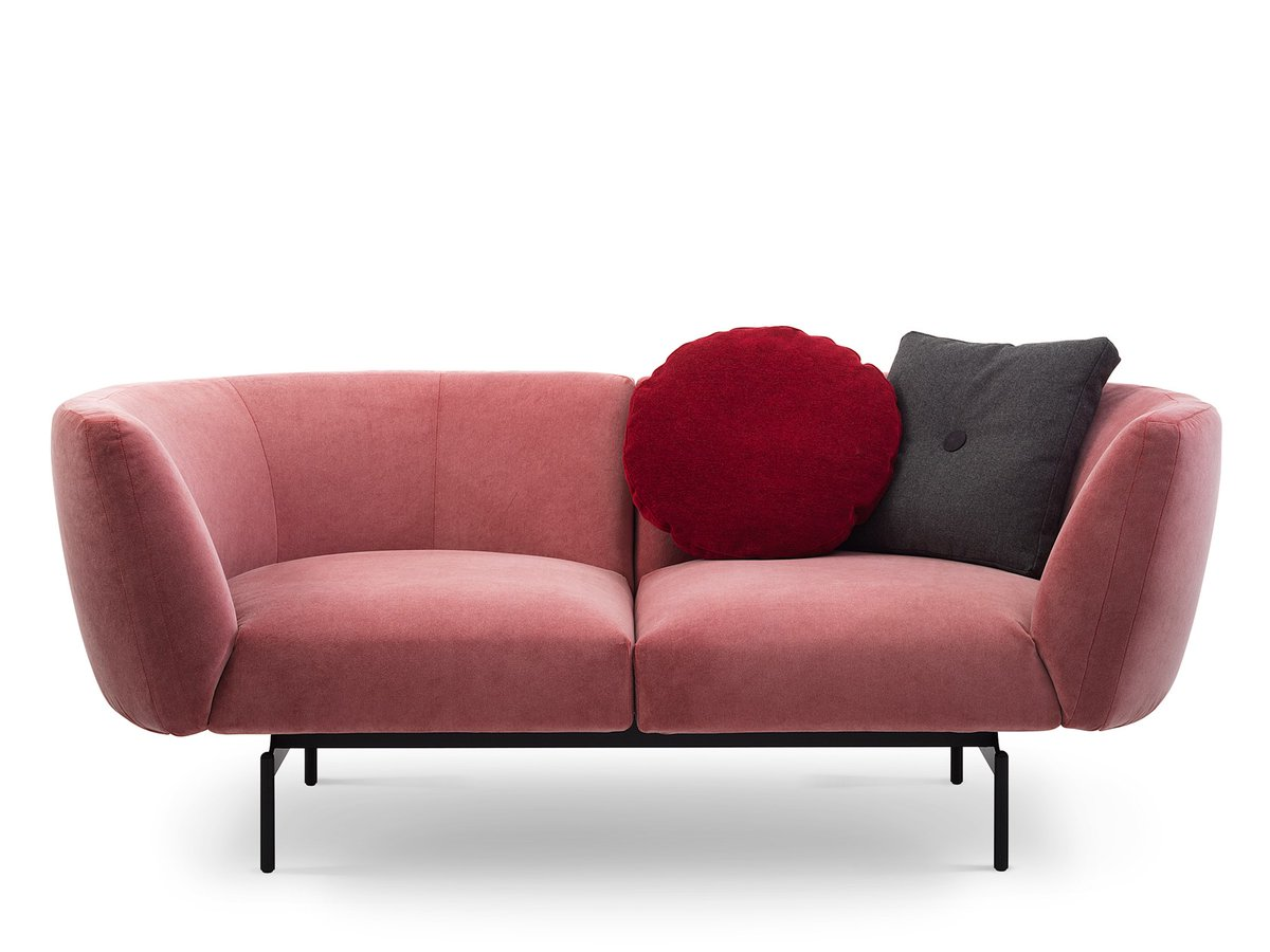 The Rendez-Vous sofa designed by Sergio Bicego. Contact #Theodores #InteriorDesign team at 202-333-2300 to see what we can create for your #ModernSpace #ModernFurniture #InteriorDesign #DesignDC #Sabapic.twitter.com/bApL5IcMpW