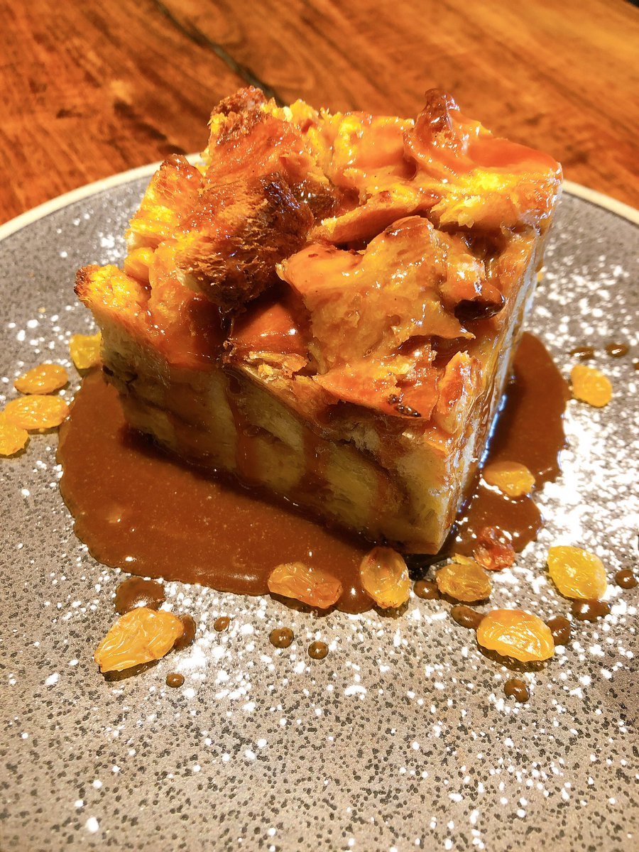Bread pudding with caramel sauce and port soaked raisins  #sweets #dessert #FridayVibes #foodtogo #delivery #marinasf #breadpuddingpic.twitter.com/g6IHtgSj4t