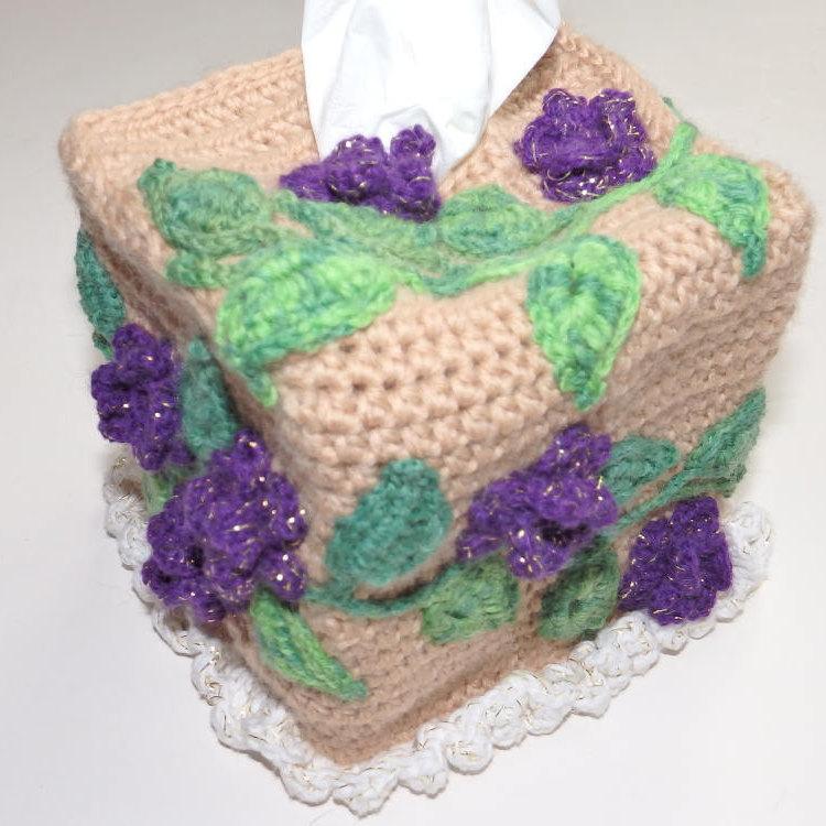 Flower tissue cover, kleenex box cover, square tissue box cover, bedroom tissue box, crochet tissue box, kitchen decor, serviette box https://etsy.me/2gDW4a0 #Womeninbusiness #crowdfunding #Pottiteam #craftychaching #HappyMonday pic.twitter.com/LRfcrAozKV
