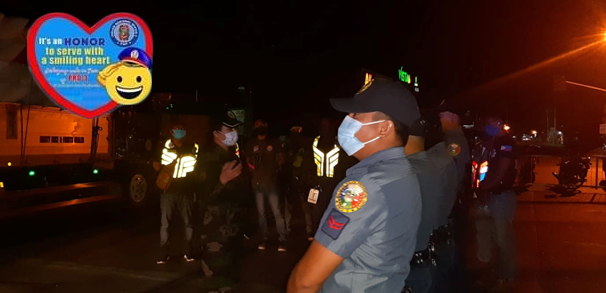 On March 27, 2020 at around 11:00PM, PCAPT MARISA GEPANA, Chief WCPD, BULPPO conducted spot inspection in Control Point of Brgy Longos, Mc Arthur Hway, City of Malolos, Bulacan in relation to Enhanced Community Quarantine. @pio_bulacanppopic.twitter.com/qn6qG29ffv