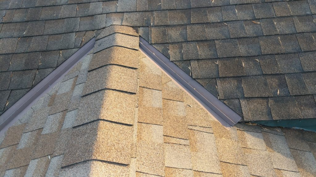 Roof Inspection For Hail Damage Roofer Andover - Call 651-703-2336 NOW https://youtu.be/t2rIJYObeC8 via @YouTube #Andoverpic.twitter.com/QlasveGloA