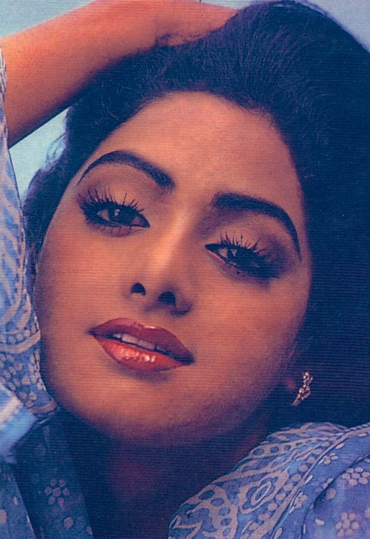 Not a lockdown in Australia (yet) but self-isolating. Nothing better than looking at #Sridevi 's photo gallery ❤️💙💚💜 @SrideviBKapoor #SrideviLivesForever