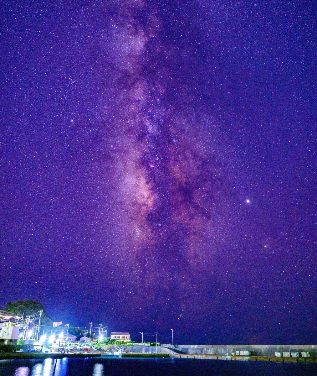 漁港と天の川。夏の大三角。南房総にて。  #星空 #星景写真 #天の川 #南房総 #写真好きな人と繫がりたい #カメラ好きな人と繋がりたい #旅行好きな人と繋がりたい #ファインダー越しの私の世界 #Z7 #Nikonpic.twitter.com/LR8cNfzGmQ