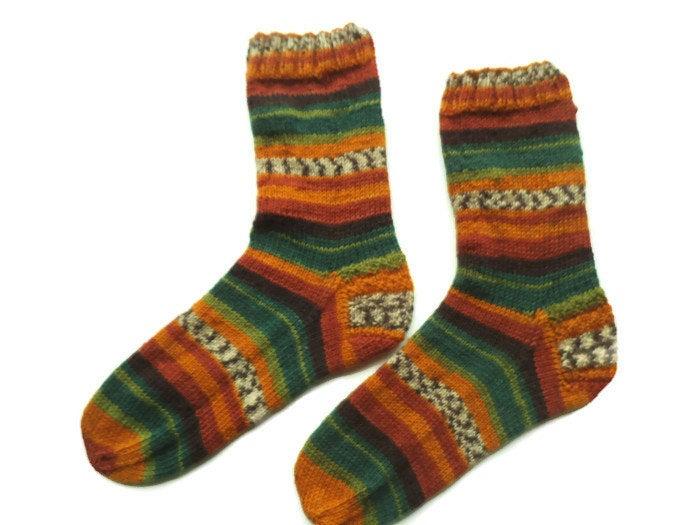 Knitted wool socks, warm socks, Christmas gift, Art socks, Print socks, House socks, Unique socks, Boot socks, cozy warmers, socky socks https://etsy.me/2FNRzpV #EtsyTeamUNITY #HappyMonday #InternationalWomensDay2020 #craftychaching #Womeninbusiness #crowdfundingpic.twitter.com/1eIzaBwdT8