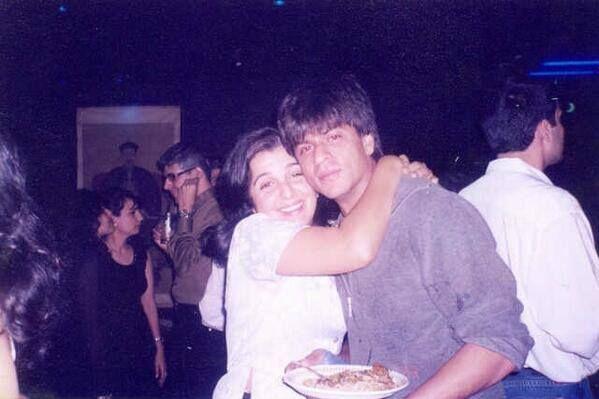 Shahrukh with Farah Khan 💖💖💖  #ShahRukhKhan #Shahrukh #FarahKhan #SRK @iamsrk @TheFarahKhan