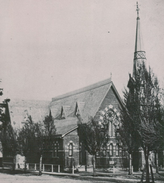 """#OnThisDay (Sun., Mar. 28) 1920 in #Barrie, ON: """"Enjoyed the morning service at Baptist Church [see image] and evening service at armouries. Weather fine and cool."""" #rangerlife #ontariohistory #diaries"""