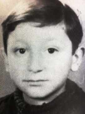 28 March 1935 | French Jewish boy Leon Ramo was born in #Paris. He arrived at #Auschwitz on 23 August 1942 in a transport of 1,000 Jews deported from #Drancy. He was among 892 people murdered in gas chambers immediately after the selection.pic.twitter.com/ZwhRA4odUH