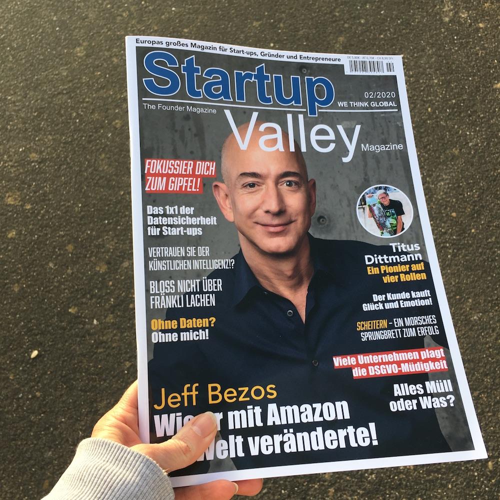 StartupValley Magazin on tour ⠀ Jeff Bezos: Wie er mit Amazon die Welt veränderte! ⠀ https://startupvalley.shop/  #magazin #magazine #magazinecover #startupvalley #streetphotography #nature #lifestyle #mindset #sun #sundsetpic.twitter.com/c5xBbmjE9d