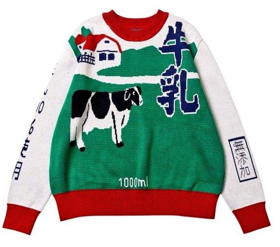 牛乳のセーター