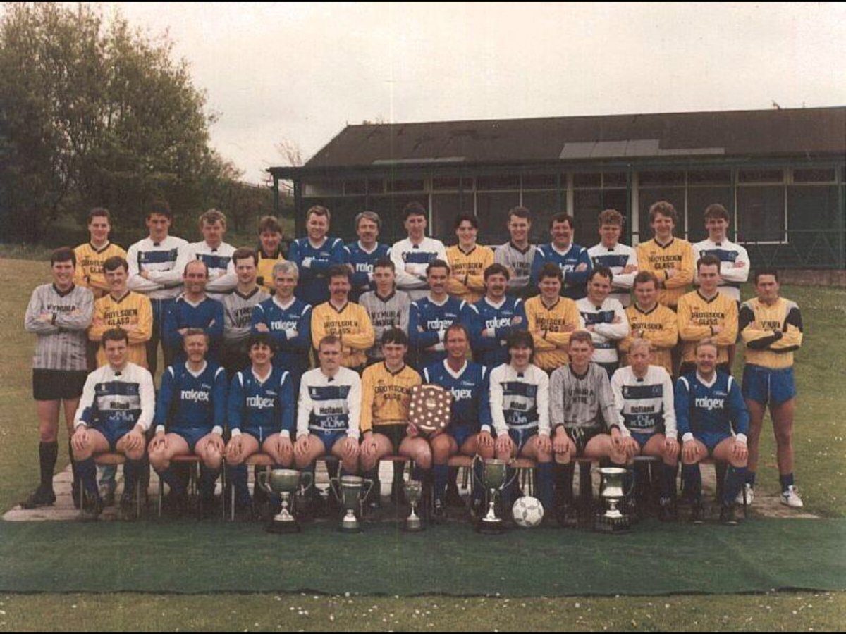 Anyone missing football ?   Like this football challenge to make people smile.. (with a tweek)   Post a pic of your favourite amateur / grassroots football pic that will make you and others smile... no description...  #footballpicchallenge<br>http://pic.twitter.com/UmyeovPvVz
