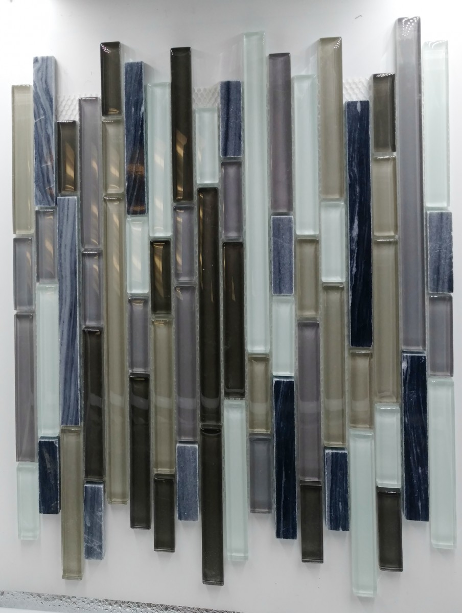 Linear Stix Phantom Marble with Glass  Click on the link for online order: https://bit.ly/2UoqfU7  #backsplashtile #homerenovation #homeimprovement #dreambathroom #bathroomtileslovers #designlovers #homeinteriors #instadecor #sandiego #chicago #walltiles #design #stonepic.twitter.com/R5EMePJ0DM