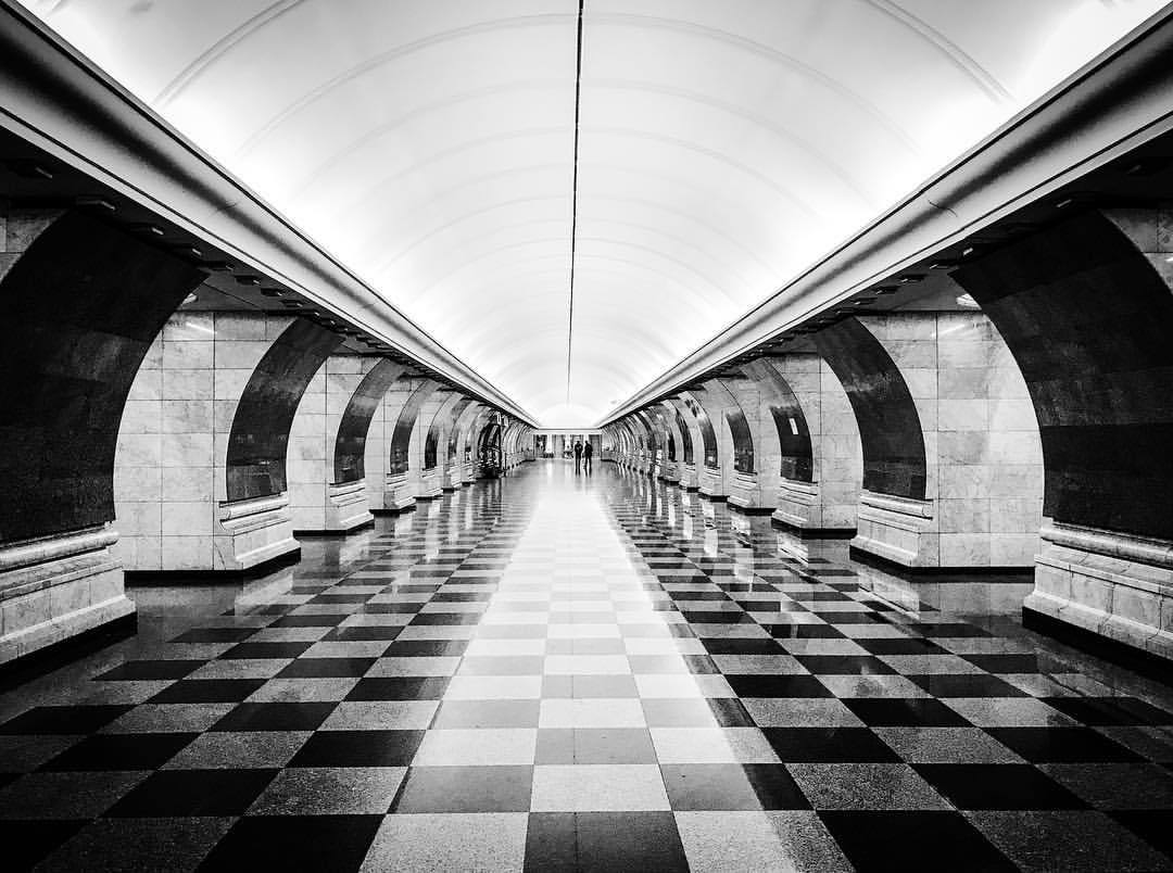 #Streetphotography in the Moscow Metro. [#retrocyclette 5   #Moscow ] pic.twitter.com/8GyCnTHPJX