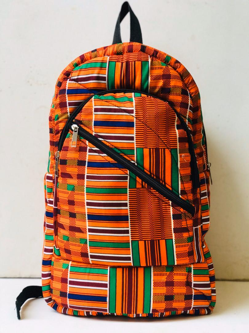 Ankara bags by Asiwaju   That's it people. That's the tweet.   Think chic, think Ankara  Think Ankara, think Asiwaju   Asiwaju designs are there to meet your needs, we're just a dm away.   It only takes a second to retweet  <br>http://pic.twitter.com/LQ9gw0Jnv8