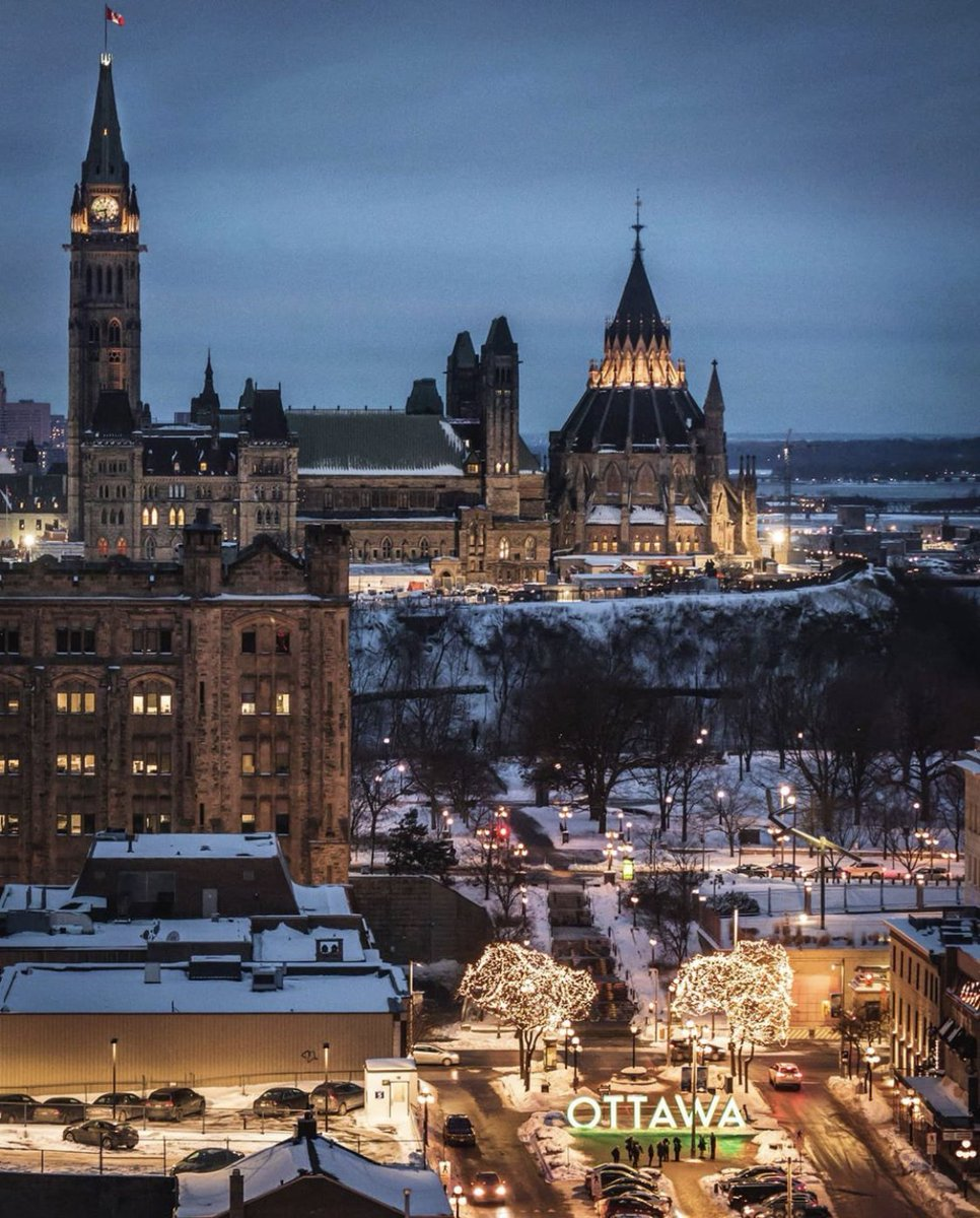 We never get tired of this view!  #MyOttawa  myfavouritethings613/IG<br>http://pic.twitter.com/vl3hr1a2fz