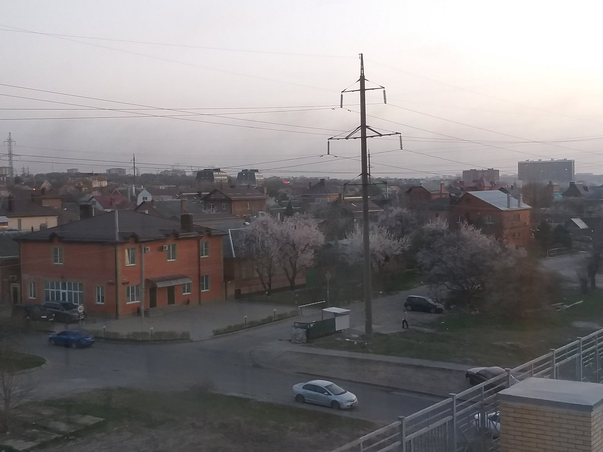 Вид из окна #РостовнаДону pic.twitter.com/vwuG1AGURX