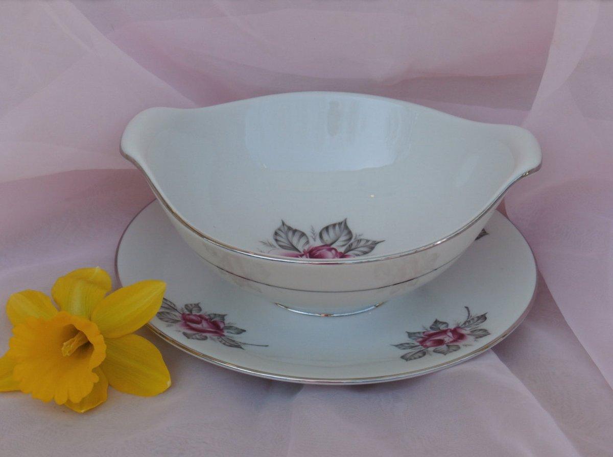Normandy Rose Sauce or Gravy Dish Royal Jackson Parisienne Pink and Gray Rose https://etsy.me/3aqdpdV #housewares #white #pink #royaljackson #normandy #rose #gray #silvertrim #gravypic.twitter.com/W3HBfHJUD2