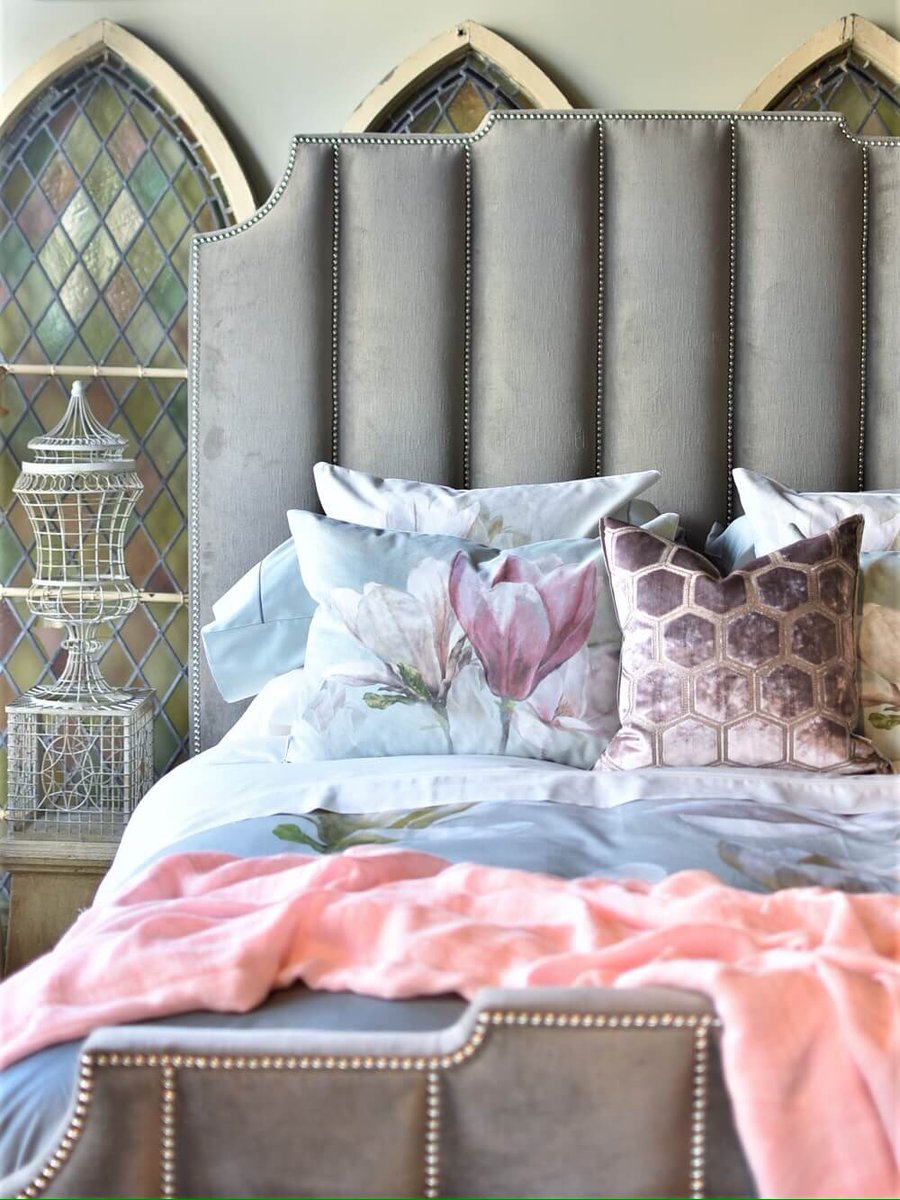 As the decorative story continues our stylists gather up all their beloved objects in the spring collection and dress a bed in glorious splendour, harmoniously considering your comfort and visual pleasure.   #bedroomdesign #interiors  #decorate  #designersguildpic.twitter.com/vaR4NpiWR0