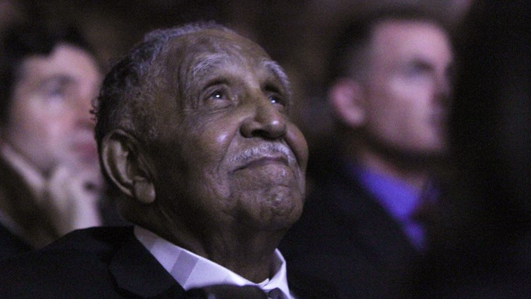 Civil rights leader Joseph Lowery dies at 98 khou.com/article/news/h… #khou