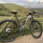 Stunning bike 😍 a joy to ride 🙌 Thank you @bikeonscott and @TORQfitness for the opportunity to ride this bike for the season 😊 #torqfuelled #unbonkable #bikeonscott #mtb #peakdistrict