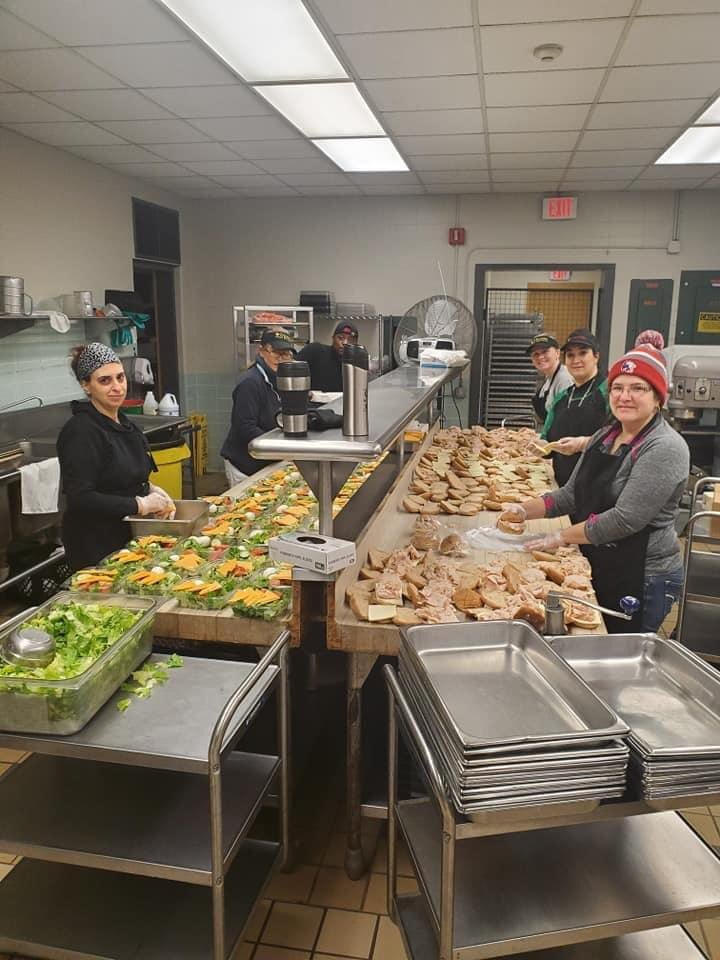 """EVERYDAY HEROES: Shari tells @NBCConnecticut, """"These girls at the Milford public school system are putting breakfast & lunches together for kids in need. My niece Heather Gladue is one of them & they work their butts off Monday through Friday... for the kids in need."""" #nbcct<br>http://pic.twitter.com/29LbgYoVjx"""