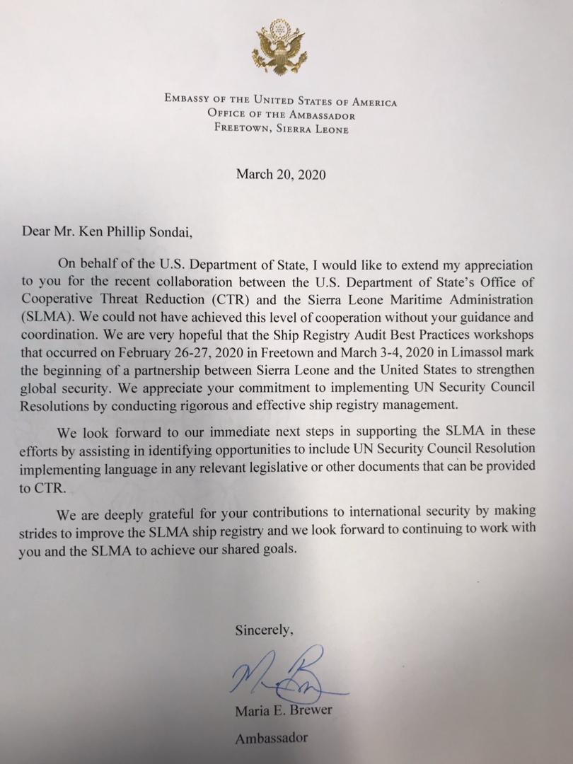 #Freetown,#SierraLeone  - U.S. #Ambassador, Maria E. #Brewer, applauds Ken Phillip #Sondai, The Executive Director, Sierra Leone #MaritimeAdministration.pic.twitter.com/fTVBneW0aV