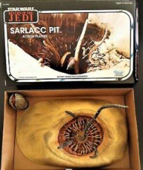 #STARWARS  Custom ROTJ Sarlacc Pit Playset Box... picture's from StarWarsCustoms pic.twitter.com/IAdfIRtftO