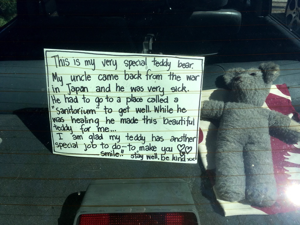Seeing lots of bears in windows around the neighbourhood, but this is my favourite so far.