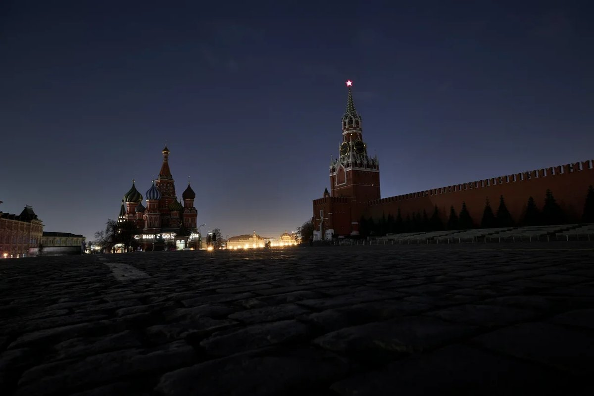 #EarthHour in the Red Square and near it  #Moscow pic.twitter.com/3pCCtyBwce