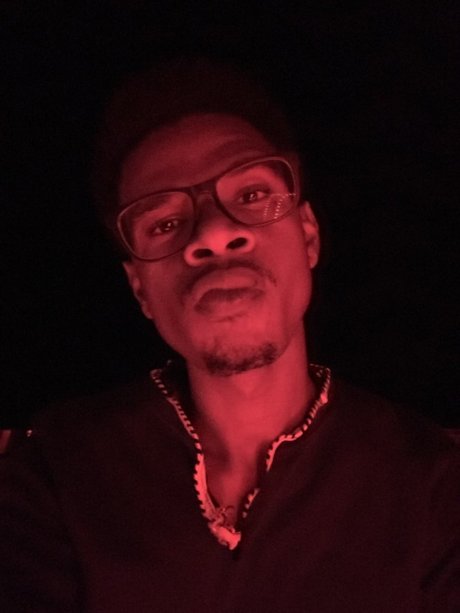 #RedLightSpecial #BlackActor #Red #BackStage #Theatrepic.twitter.com/gNYuRGTxe9