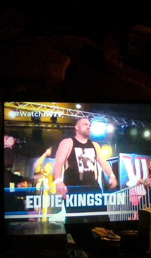 Another Mother Fu*King King @MadKing1981 #WatchIWTV #babyitscoldoutside #AIW2Coldpic.twitter.com/KsYjsGFarN