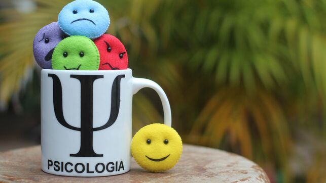 👉👉El Colegio de la Psicología de Las Palmas avisa de los falsos terapeutas ante su proliferación en las redes sociales  #coronavirusEspana #Psicología