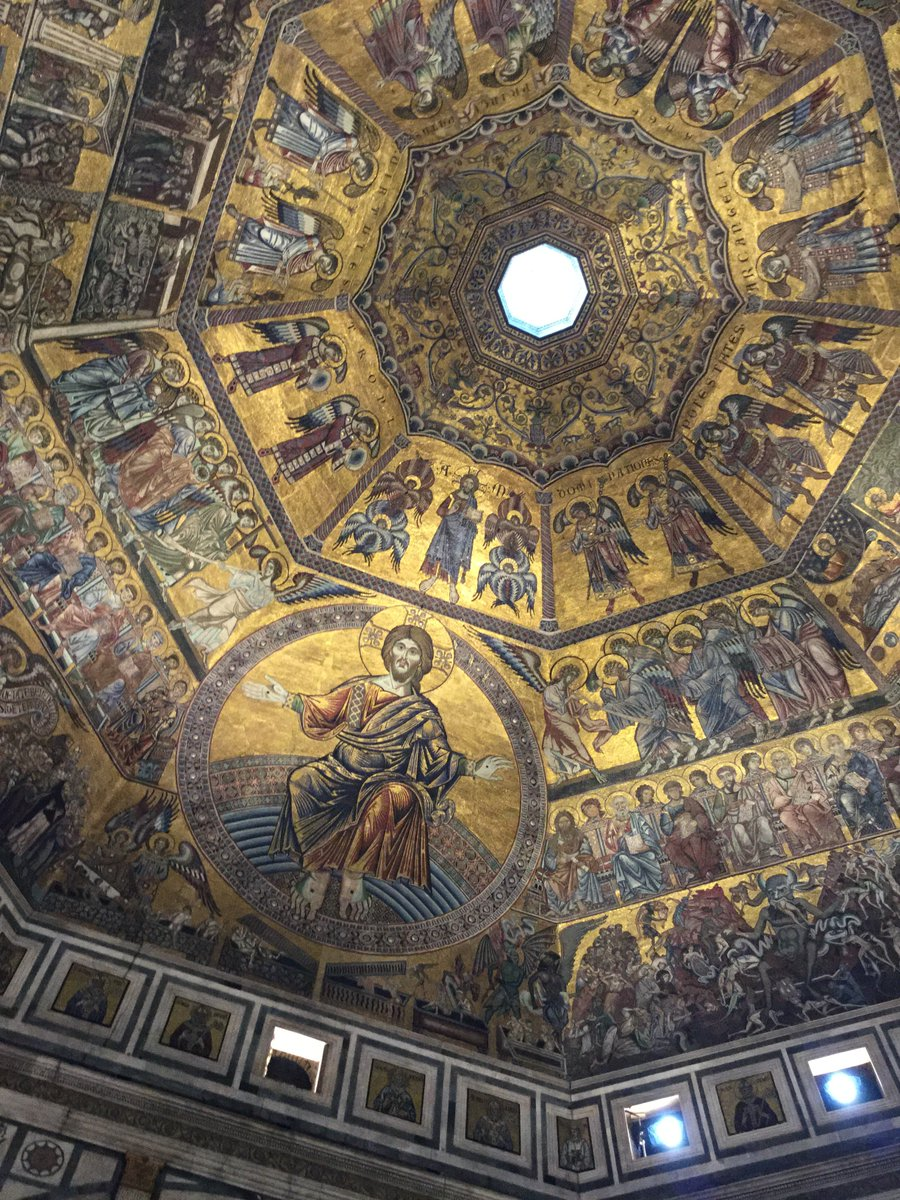 @DariusAryaDigs @_MiBACT #artyouready #emptymuseum  The glorious mosaic ceiling of Battistero di San Giovanni, Florence.  Like walking into the centre of a full jewel box. pic.twitter.com/WctwCbeyUM