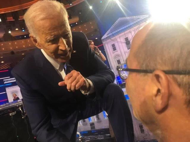 (1,5) I met @JoeBiden in person in Mach 2018, just a month after my daughter Jaime was murdered.  He had a room full of people waiting for him, and yet, he spent almost 45 minutes with me.  No cameras, no staff. He spoke to me about grief and going forward. <br>http://pic.twitter.com/d4eVpG5664