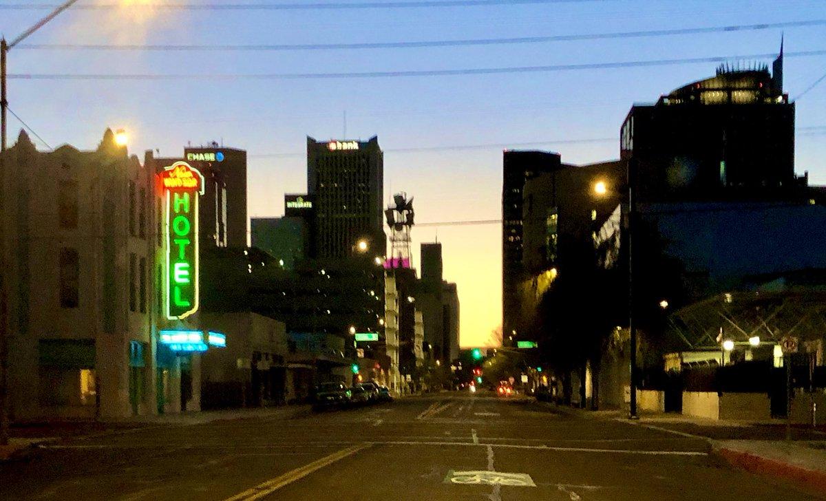 Sunday morning ☀️ empty streets @FOX10Phoenix #StayAtHome