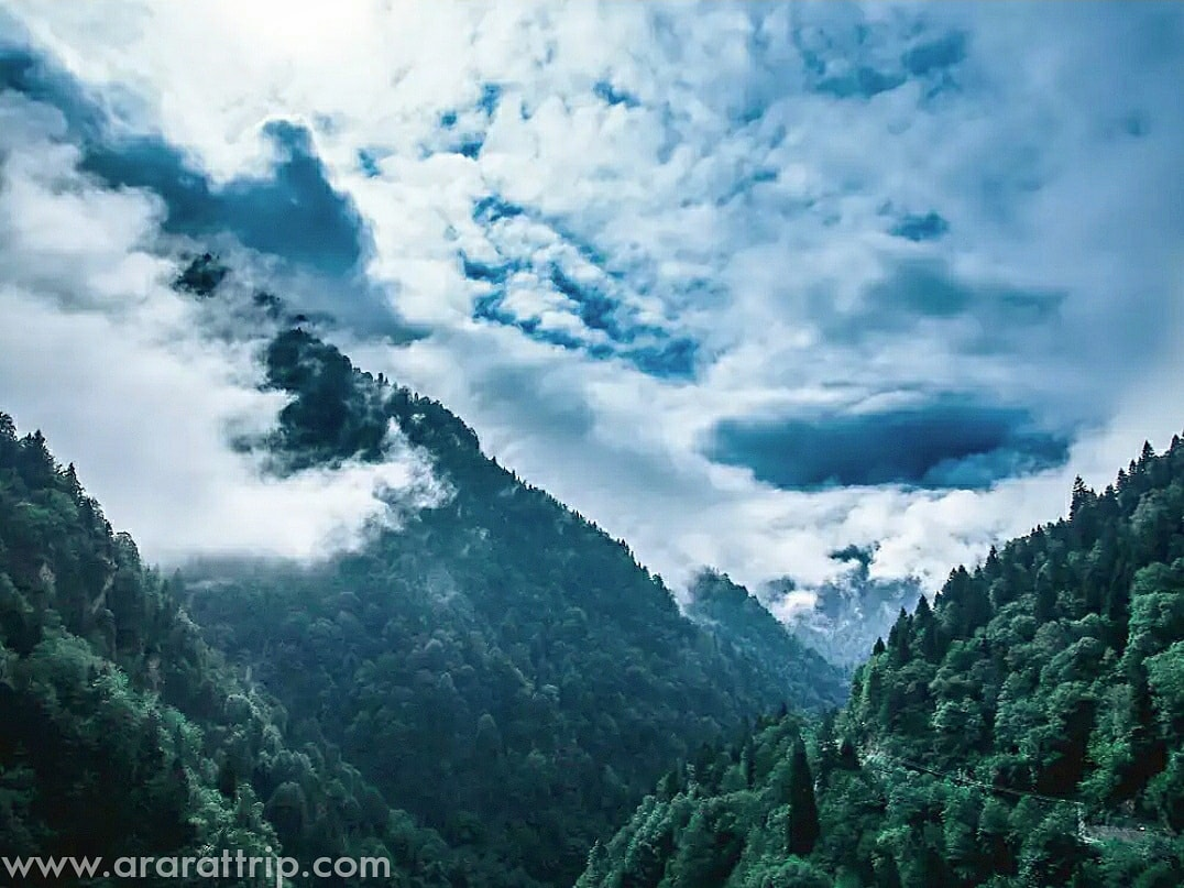 Cloudy valley of Kackar Mountains Range.  http://www.ararattrip.com/our-tours/kackars-tours/kackar-trekking.html …  #Turkey #travel #holidays #kackar #kackarmountains #karadeniz #trekking #hiking #mountaineering #climbing #nature #outdoors #landscape #forest #adventure #expedition #ararattrip #araratadventures #clouds