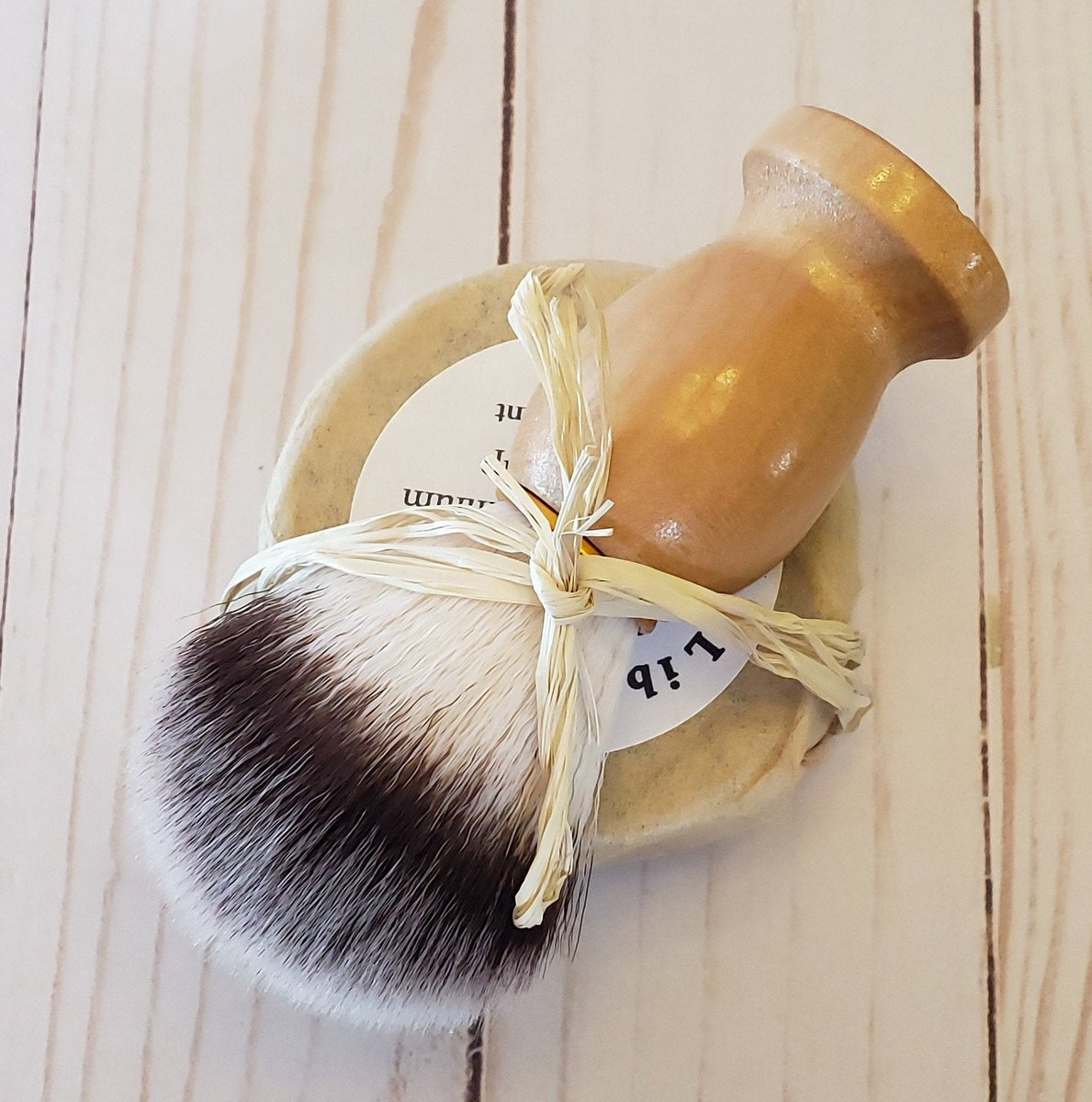 Shaving Soap With Natural Hair Brush Gift Set - Scents are Bay Rum, Shave and a Haircut, Rosemary Mint, Tobacco Bay and Unscented, Guy Gift http://tuppu.net/17600345 #facialcare #skincare #Etsy #allnatural #coldprocesssoap #LibertyBathAndBody #ShavingSoap pic.twitter.com/hGsb7DWNwk