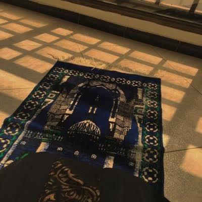 The muslim self-isolation starter pack <br>http://pic.twitter.com/18UqiHBZ8v