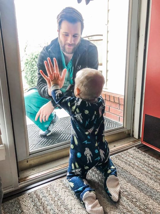 Dad treating patients at high risk hospital shares touching moment with son: 'We miss him' bit.ly/33VDuir