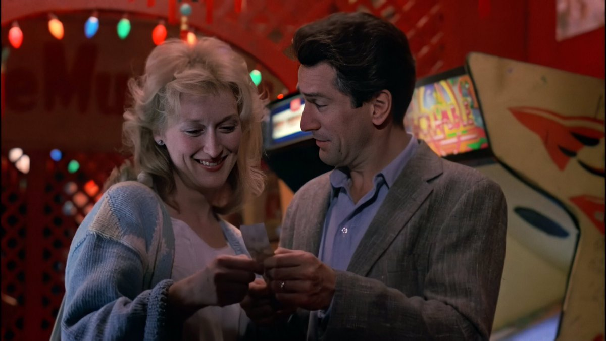 Meryl Streep & Robert de Niro, Falling in Love (1984) <br>http://pic.twitter.com/6TwxwavnUY