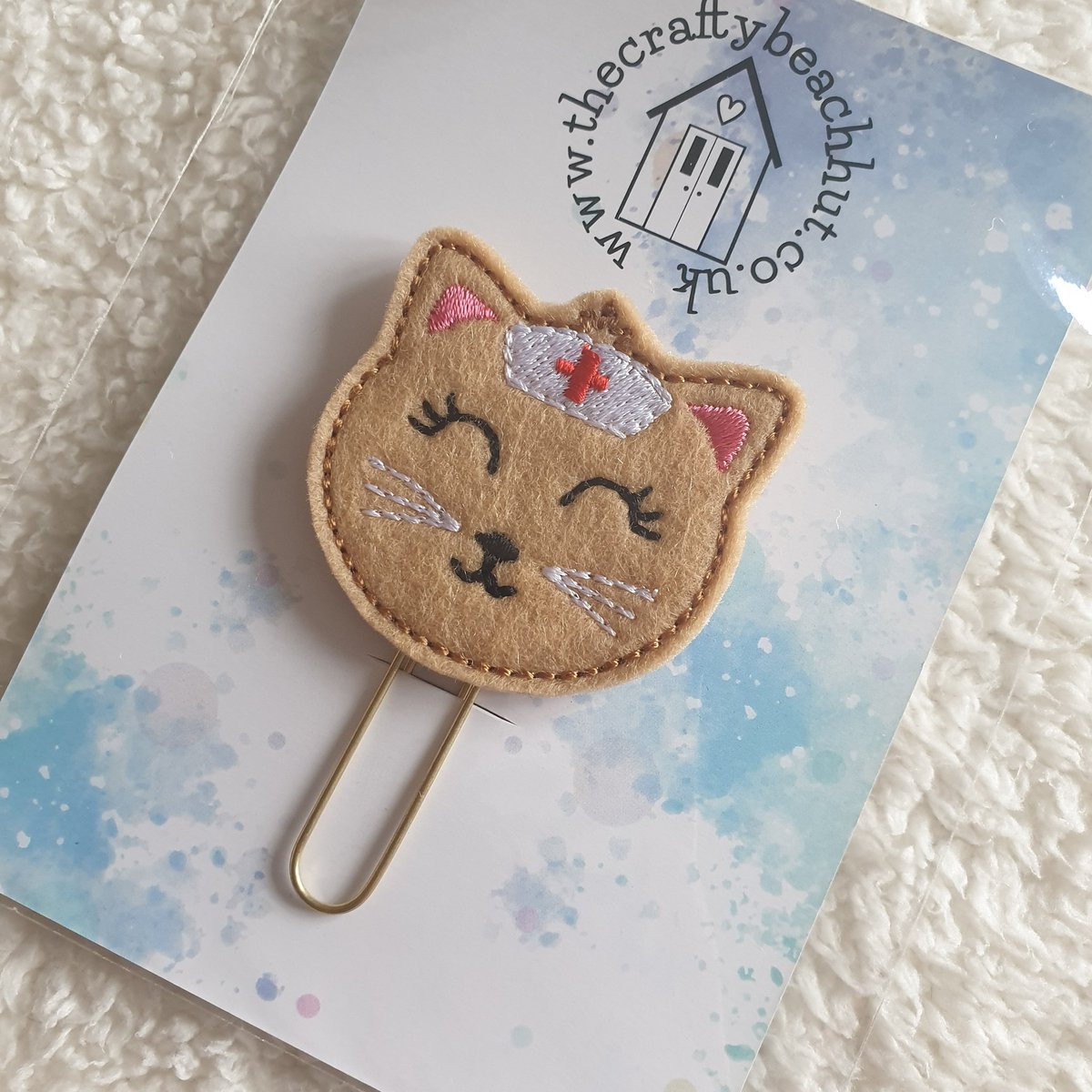 Great little planner clips for friends or family working hard in the NHS. Just £2 each.  https://www.etsy.com/uk/listing/790635267/brown-100-wool-felt-embroidered-nurse …  #NHSCovidHeroes #nhsvolunteers #nhsnurse #nhsworkers #planner #plannerclip #nurse #kitty #cat #paperclip #bookmark #happyplanner #etsystore #etsyshop #planneraddict