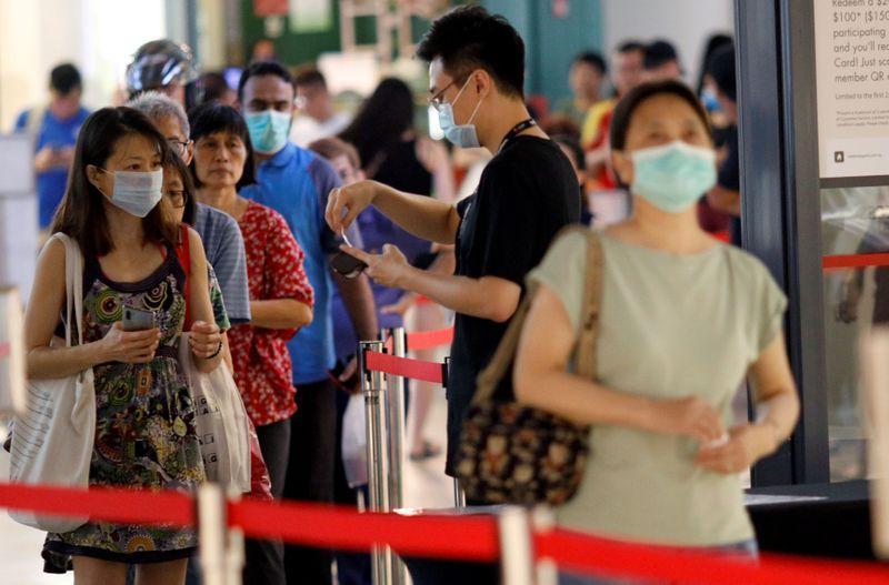 Singapore reports 42 new coronavirus cases, taking tally to 844 https://www.reuters.com/article/us-health-coronavirus-singapore-idUSKBN21G0IZ?taid=5e80e111ef5fb4000146add2&utm_campaign=trueAnthem%3A+Trending+Content&utm_medium=trueAnthem&utm_source=twitter…