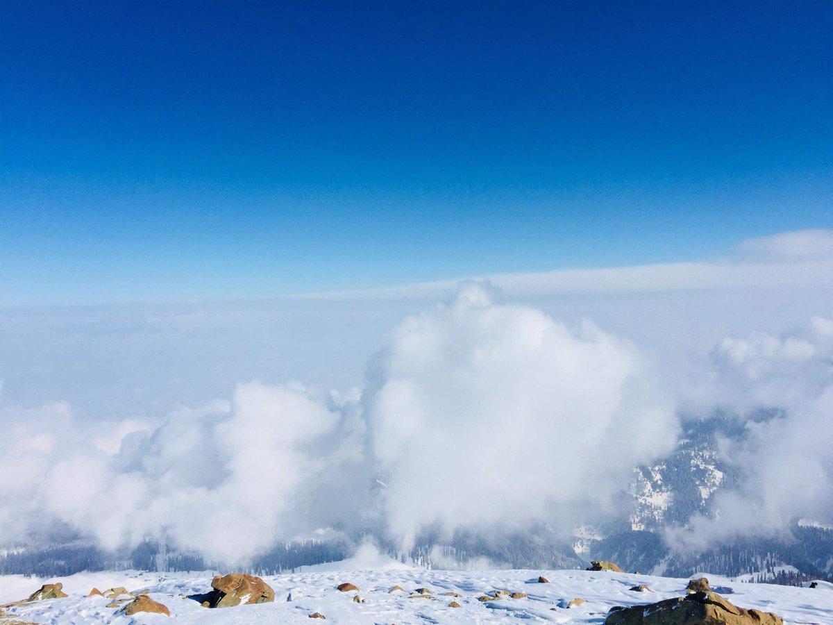 Bliss   #Kashmir #Himalayas #IncredibleIndia #mountains #alpineskiing #SundayMorning #SundayThoughts #SundayMotivation #SundayFunday #WhenCoronaVirusIsOver