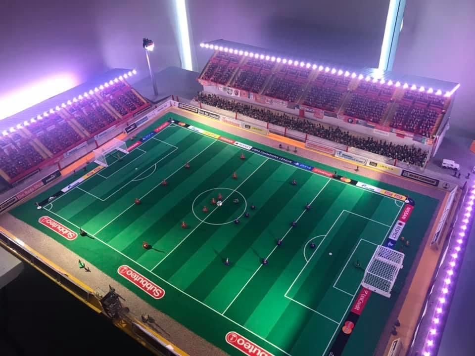 This is class 😍  ⚽️ One Cliftonville supporter has assembled a Subbuteo style Solitude. ⚽️  The detail is incredible 👏  📸 Chris McGuigan https://t.co/js5TphBDE3