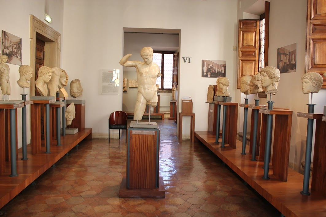 A great (free) museum by Campo de Fiori filled with art (Egyptian, Etruscan, Greek, Roman) donated by noblemen and collector Giovanni Barracco in 1902. Museo Barracco is a must for any lover of antiquity @_MiBACT #emptymuseum #artyouready @museiincomunepic.twitter.com/VixV6pq83C