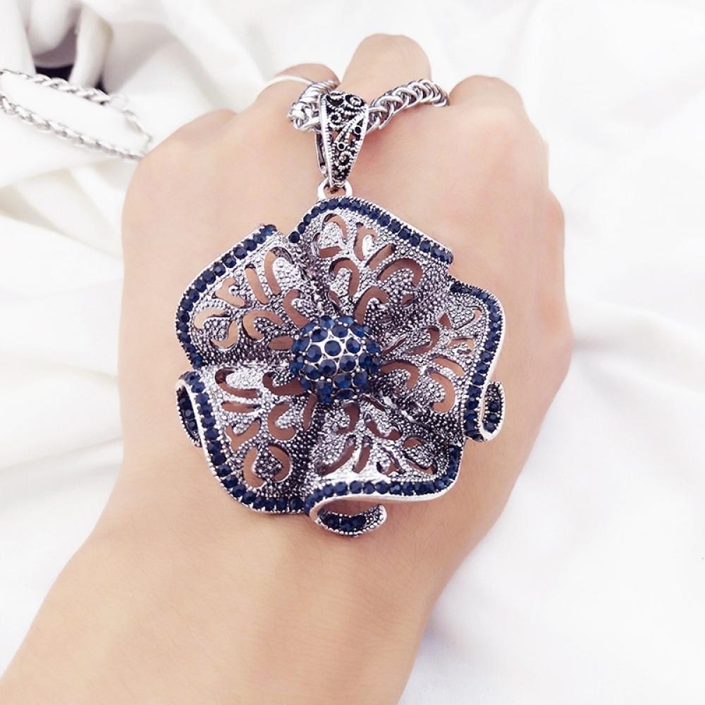 #outfit #fresh Vintage Flower Long Pendant Necklace https://topladybox.com/vintage-flower-long-pendant-necklace/…