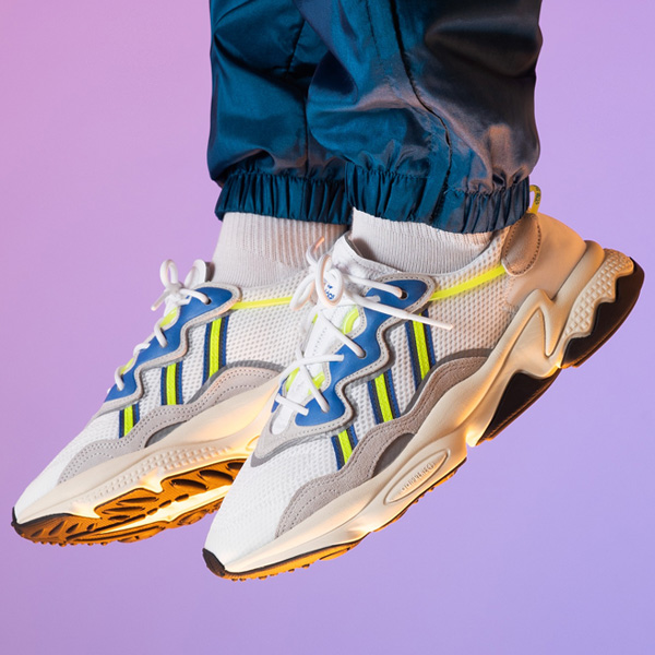 Couple select sizes for this colorway of the adidas Ozweego are just $38.50 + FREE shipping with your Creators Club account. Offer ends late TONIGHT. BUY HERE -> bit.ly/3bdn48h (promotion - use code MARCH30 at checkout)
