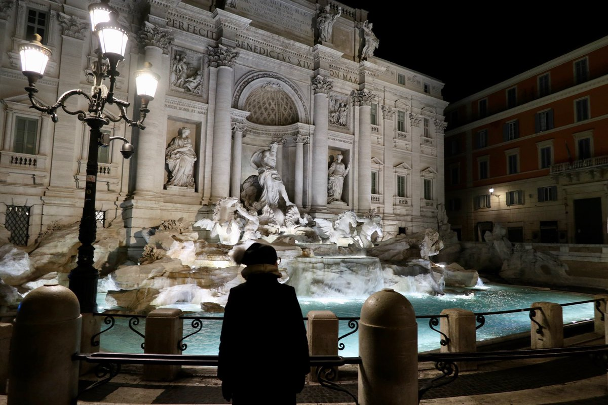 #emptymuseum #artyouready @SaveRome @DariusAryaDigs Trevi Fountain; January 17, 2020. To take photos of the fountain without the crowds we woke up at 4am... who would thought very soon it will be the new norm. Stay strong, stay healthy, wash your hands, we'll be back ASAPpic.twitter.com/xHwyFO04Tq