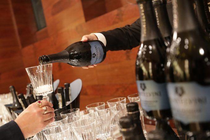 Italian Wine in the Age of Coronavirus https://buff.ly/344VIOJ #wineindustry #italianwine #coronaviruspic.twitter.com/Kk9jIBPFar